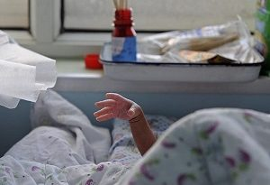 Mothers worldwide leaving hospitals too soon after childbirth