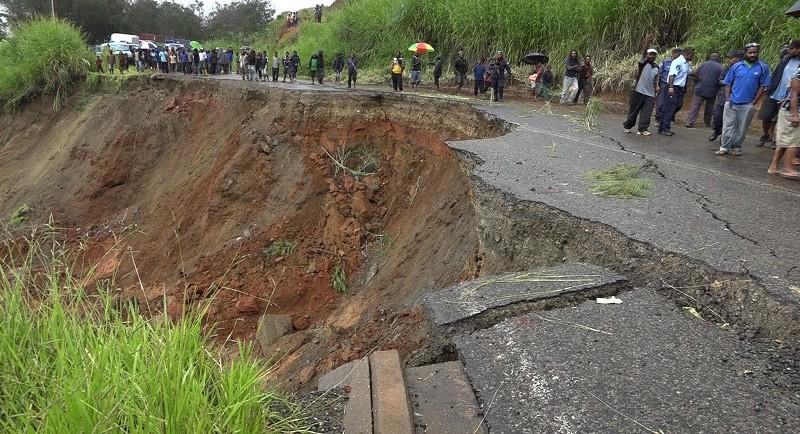 Road Conditions Worsen for Goroka as Construction Begins on Temporary Bridge