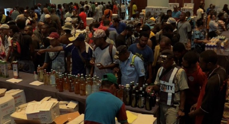 Fortuna Online Mega Sale Attracts Hundreds of Port Moresby Residents