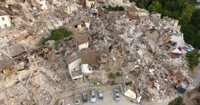 Italy quake death toll hits 281, state funeral planned