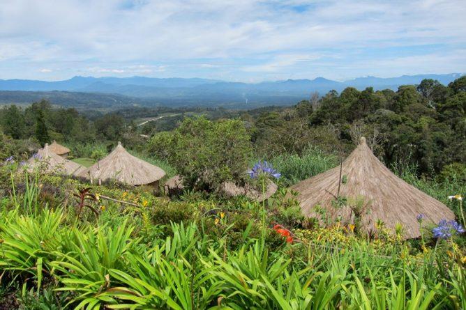 papua-new-guinea-5-conde-nast-traveller-30april14-hazel-lubbock_810x540
