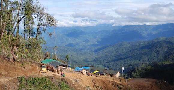nevera-camp-crater-mountain