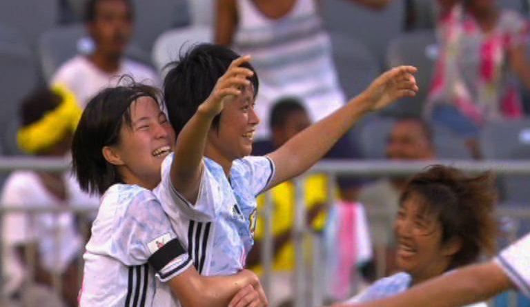 041216-japan-take-third-place