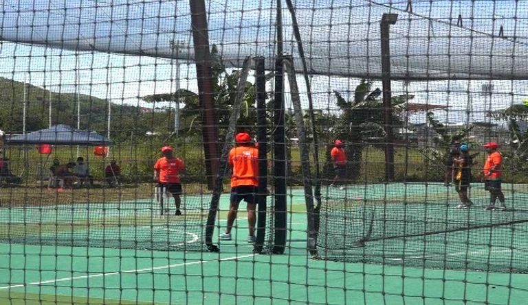080117-indoor-cricket