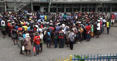 Morobe Tertiary Students Petition Provincial Government