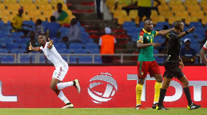 Football Soccer - African Cup of Nations - Burkina Faso v Cameroon - Stade de l'Amitie - Libreville, Gabon - 14/1/17. Burkina Faso celebrate scoring a goal. REUTERS/Mike Hutchings