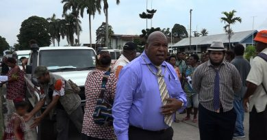 Sir Nagora Bogan Raises Concerns about PNG's Debt Level after Nominating for Lae Open Seat