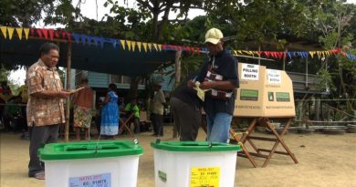 Polling in Central Province Begins