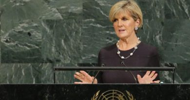 Australia defends alternative accommodation for asylum seekers against U.N. criticism