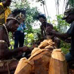 Work of Art By Four Men From East Sepik Province Fascinates APEC Officials