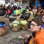 Several hundred stranded on Lombok volcano after earthquake